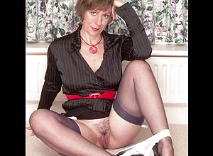 Mature,milf,latex,lingerie,nylon,hd Videos,cougar,pantyhose
