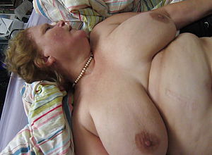 Amateur,mature,redhead,cuckold,hd videos,cunnilingus,big Congenital Tits,threesome