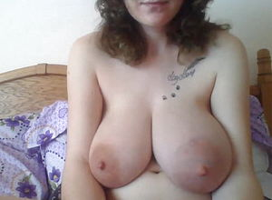 webcam,mature,milf,big All natural Tits,big nipples,big Tits,big ass,hd vids