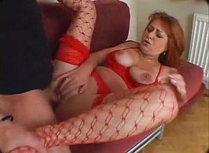 blowjob,grannies,mature,redhead,dildostoys
