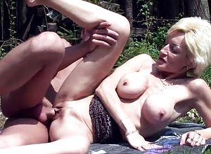 thick Tits,granny,horny,outdoor,tits