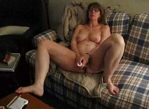 Amateur,grannies,masturbation,dildostoys,mature